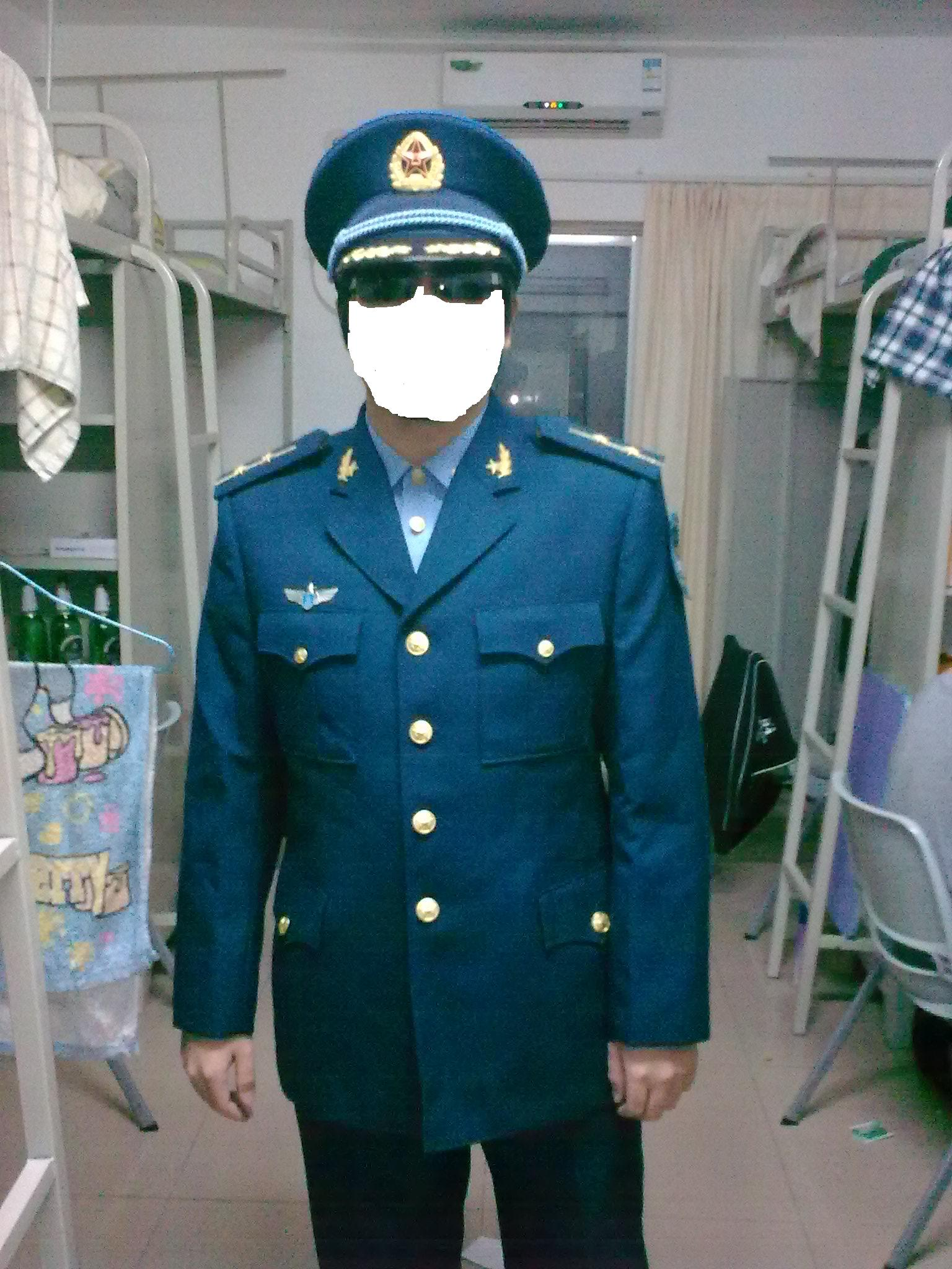 终于搞到07空军冬常服了图片